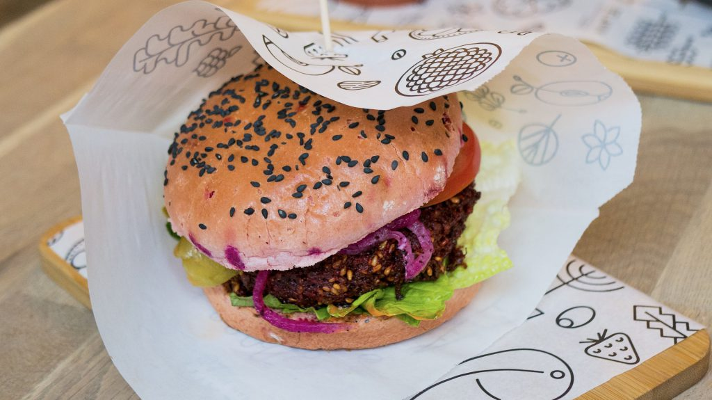 vegan-beet-burger