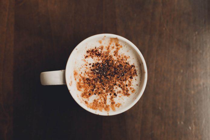 quick-vegan-almond-latte