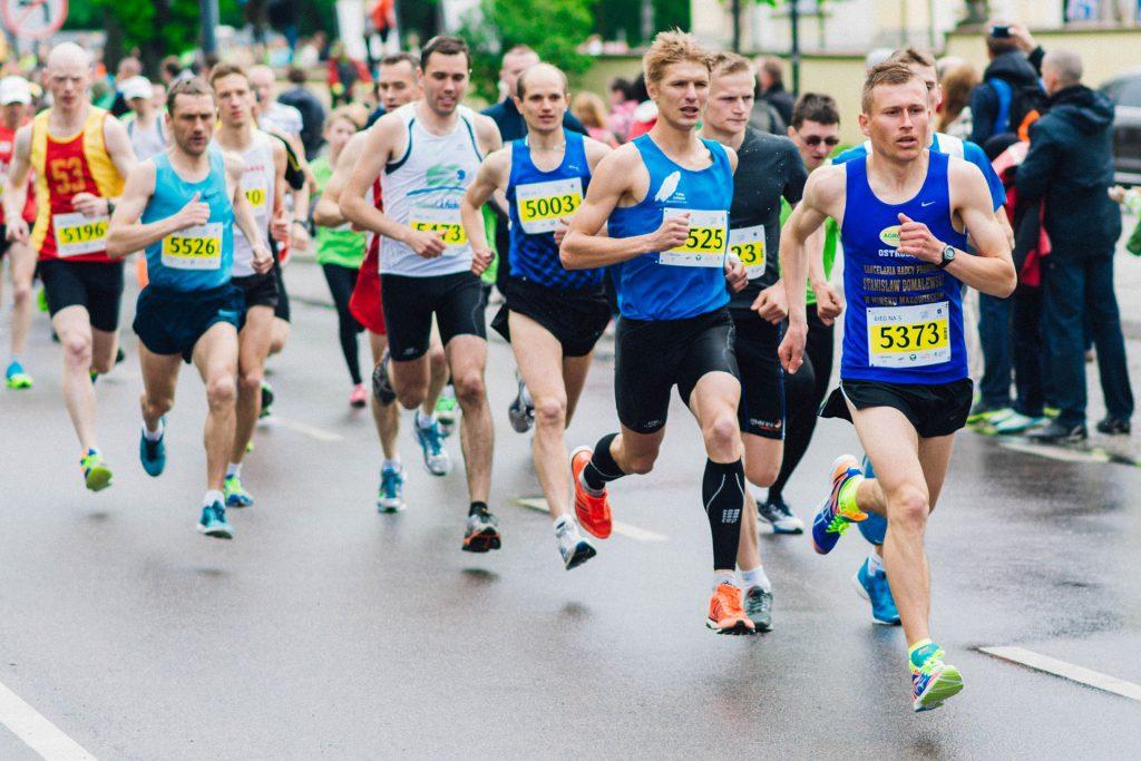 marathon-runners-exercise